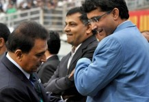 Ganguly support Kohli, Gavaskar indirectly support Dhoni